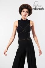 Chaine de poitrine dorée - Chaines métalliques dorées en forme de soutien-gorge, à porter sur le corps nu, sur votre lingerie ou vos tenues préférées.